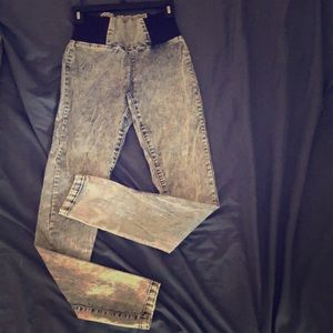 Pants - Vintage 90's style, high waisted w.spandex jeggs